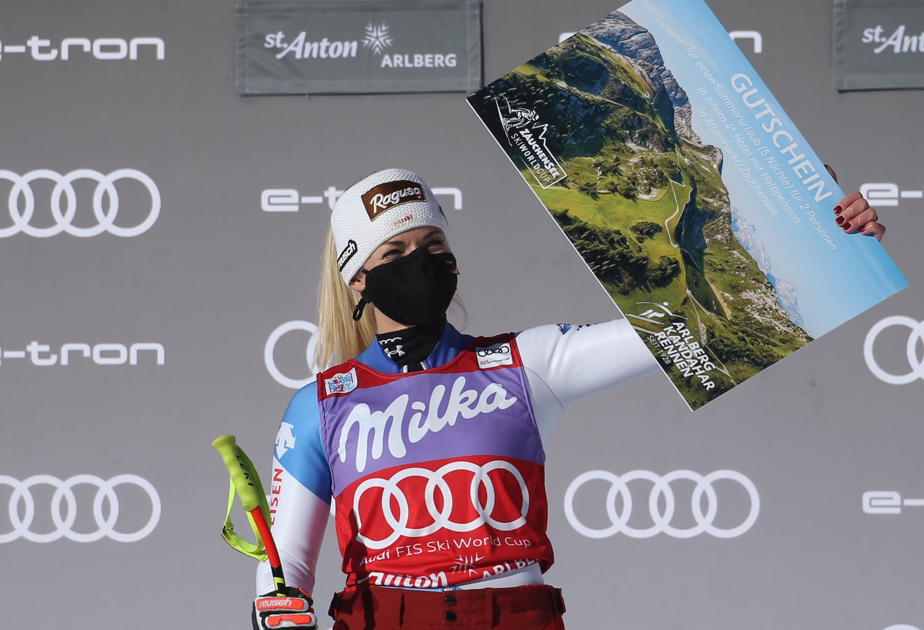 SANKT ANTON,AUSTRIA,10.JAN.21 - ALPINE SKIING - FIS World Cup, Super G, ladies, award ceremony. Image shows Lara Gut-Behrami (SUI). Photo: GEPA pictures/ Daniel Goetzhaber